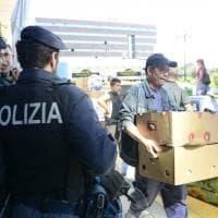 Blitz all'alba: lo sgombero dell'ex palazzo Alitalia a Sesto San Giovanni