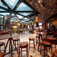 """Milano, il giorno di Starbucks: viaggio dentro alla """"Reserve Roastery"""""""