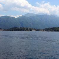 Minorenni stuprate sul lago di Como, il gip scarcera i tre fermati: