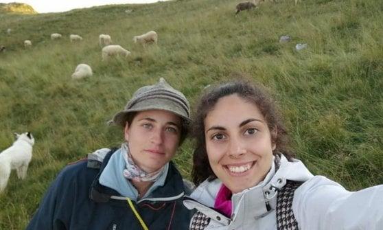 Da ingegnere a pastore, la storia di Silvia che sulle Alpi ha trovato la felicità