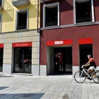 La libreria-bistrot stile casa di ringhiera: Feltrinelli inaugura Red nel cuore di Brera