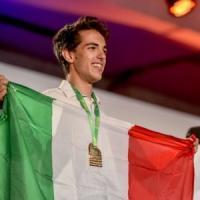 Bronzo alle Olimpiadi di informatica in Giappone, studente del Volta ora vola ad Harvard