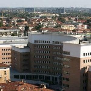 Violenta e rapina prostituta: in manette noto gallerista di Cremona