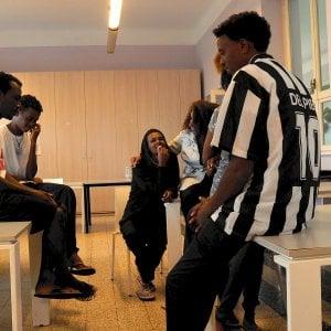 Milano, scappati 6 degli 8 migranti della Diciotti ospitati dalla Caritas