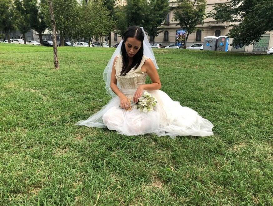 Risultati immagini per sposa triste milano