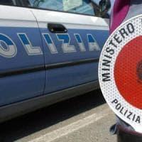 Milano, minacciano i poliziotti durante un controllo: cinque arresti in