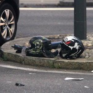 Milano, tragico scontro nella notte: moto contro auto, morti