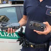 Milano, un drone in piazza Duomo: passante colpito e ferito