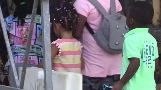 Lodi, mense e scuolabus inaccessibili per gli stranieri: sca