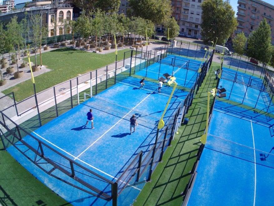 A Milano il padel si gioca tra i grattacieli di Citylife - la Repubblica