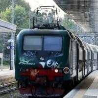 Pendolari, vento a 70 Km orari sulla Milano-Lecco-Sondrio: treni bloccati
