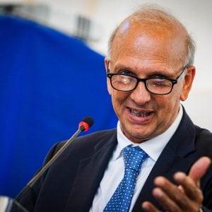 """Lodi, mense e scuolabus """"vietati"""" agli stranieri, il ministro Bussetti: """"Mai strumentalizzare i bambini"""""""