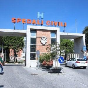 """Bimba morta per una otite a Brescia, i periti: """"Si pote"""