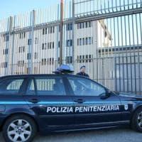 Busto Arsizio, rivolta in carcere: dieci agenti contusi
