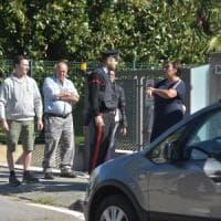 Spara alla ex moglie nella Bergamasca, la donna lo aveva già denunciato