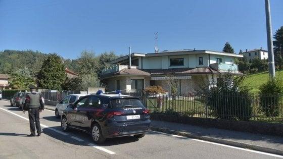 """Bergamo, si costituisce dopo aver sparato alla ex moglie: """"Mi spiace. Mi sentivo solo"""""""