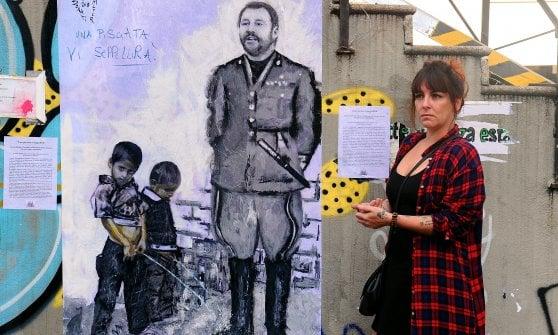 Milano, l'artista rappresenta Salvini nei panni di un gerarca fascista: minacce sui social, lei denuncia