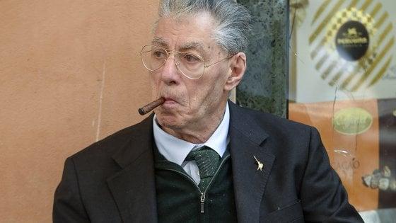 Lega, diede del terùn a Napolitano: Bossi chiede l'affidamento ai servizi sociali