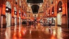 """Galleria Vittorio Emanuele """"vestita"""" di arancione come nell'800"""
