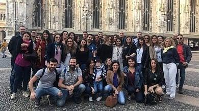 Napoletani a Milano, la 'famiglia' da 6mila persone che prende il caffè a gruppi di 100