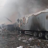 Novate Milanese, in fiamme nella notte ditta di riciclo rifiuti
