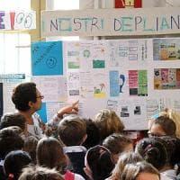 Milano, #oggiraccolgoio: i bambini salgono in cattedra e insegnano educazione