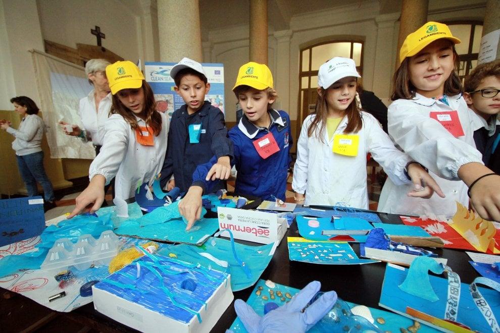 Milano, #oggiraccolgoio: i bimbi insegnano l'educazione ambientale
