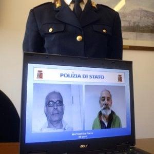 Milano, la carta di identità (falsa) con la scritta