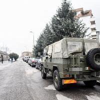 Milano, ciclista urta blindato dell'esercito: grave al Niguarda