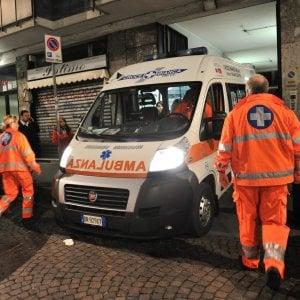 Brescia, vede la ex con un altro e si dà fuoco: soccorso da due passanti