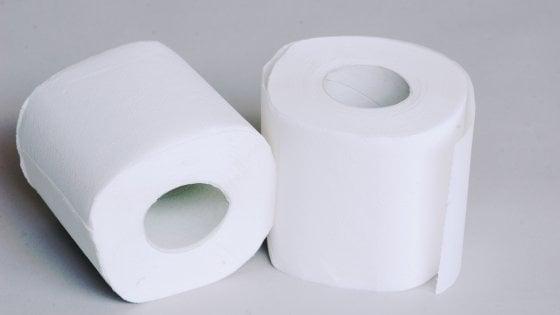 Rotoli Di Carta Igienica : Milano ruba rotoli di carta igienica vigile a processo la