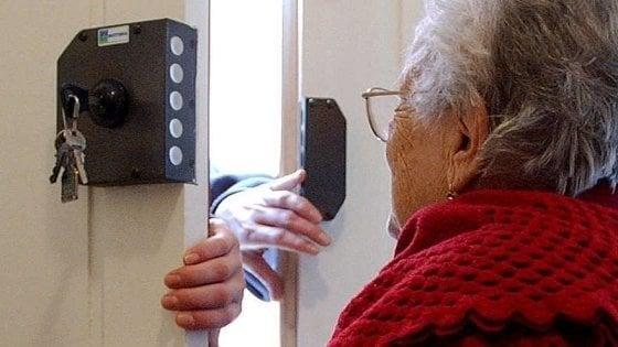 Pavia, pensionati 007: sventano una truffa dopo una lezione dai carabinieri