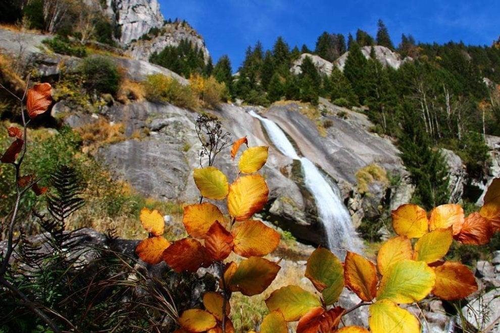 Sondrio: autunno in Val di Mello, gli scatti come quadri d'autore