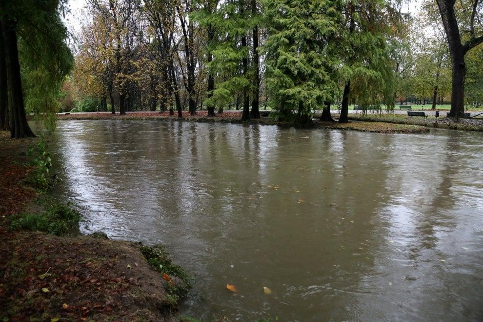 Maltempo in Lombardia, fiumi e laghi sotto osservazione per il rischio esondazioni