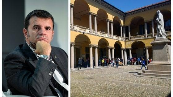 """Pavia, l'università invita il ministro leghista Centinaio. Protesta di studenti e professori: """"Noi non ci saremo"""""""