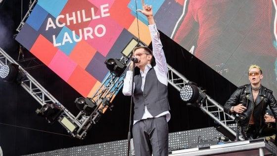 Spray al peperoncino al concerto di Achille Lauro, fuggi fuggi tra il pubblico di Milano: nessun ferito