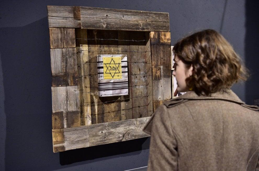 """Milano, ricordare per evitare gli orrori del passato: al Memoriale della Shoah apre la mostra """"Ricordi futuri 4.0"""""""