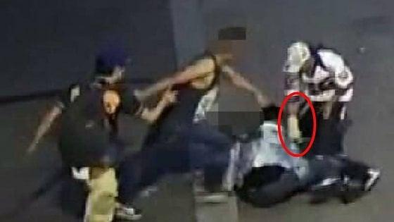 Milano, rissa fra latinos all'uscita della discoteca: quattro arresti, alcuni sono della MS13