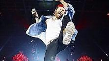 Sei mesi sul palco    l'ultimo tour di Jovanotti diventa una mostra