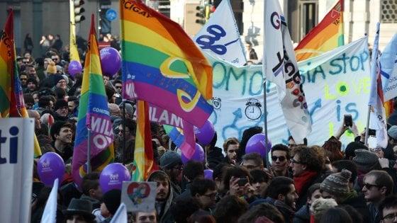 """Family Day al Pirellone con il ministro Fontana, la sinistra protesta: """"No a iniziative per la riduzione dei diritti"""""""