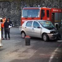 Bergamo, auto si schianta contro un muro: muore una suora, altre due gravi