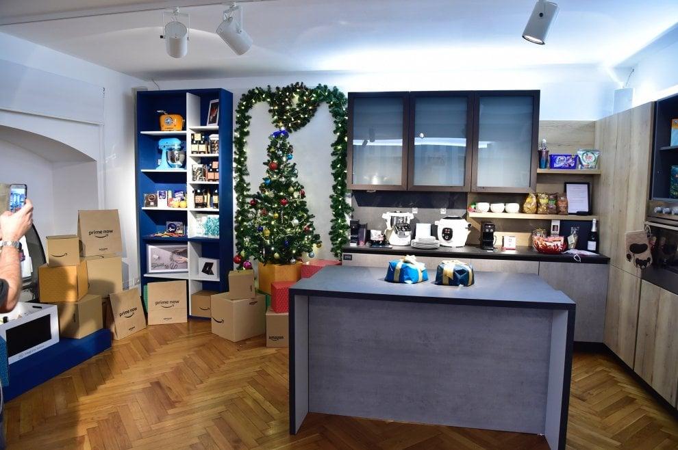 Milano 500 metri quadri organizzati come una casa ecco il primo negozio amazon 1 di 1 - Come calcolare metri quadri casa ...