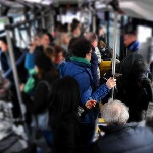 Milano, molestava una minorenne sul bus: 23enne arrestato gr