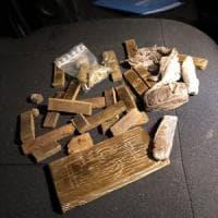 Milano, nasconde droga in 29 aiuole del parco Sempione: arrestato per spaccio