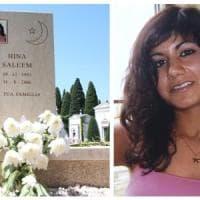Brescia, non c'è pace per Hina Saleem. Il fratello toglie la foto dalla