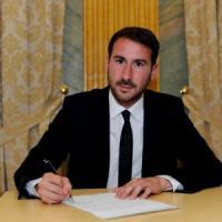 Unioni civili, il sindaco di Cinisello fa obiezione di coscienza. Il Pd: