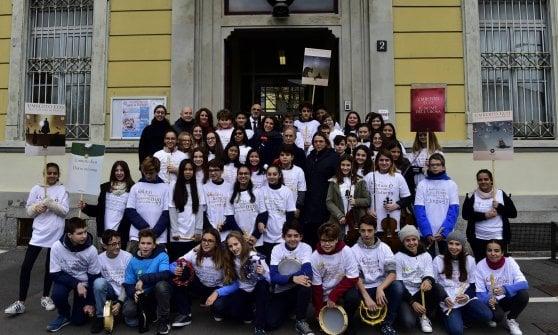 Milano, l'Istituto Comprensivo statale di piazza Sicilia intitolato a Umberto Eco