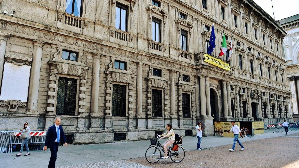 """Comincia da Palazzo Marino il cammino della Milano """"plastic free"""""""