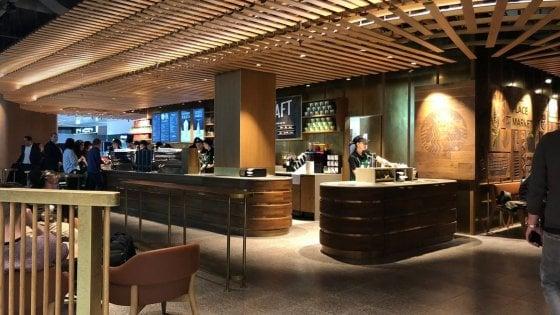 Milano, Starbucks ha fatto poker: aperto il quarto locale a Malpensa