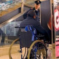Milano, aggrediscono 76enne invalido per rubargli il portafogli: arrestati